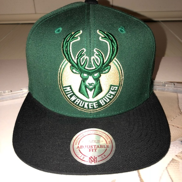 reputable site 36565 75338 ... canada mitchell ness milwaukee bucks two tone snapback 19999 8b611